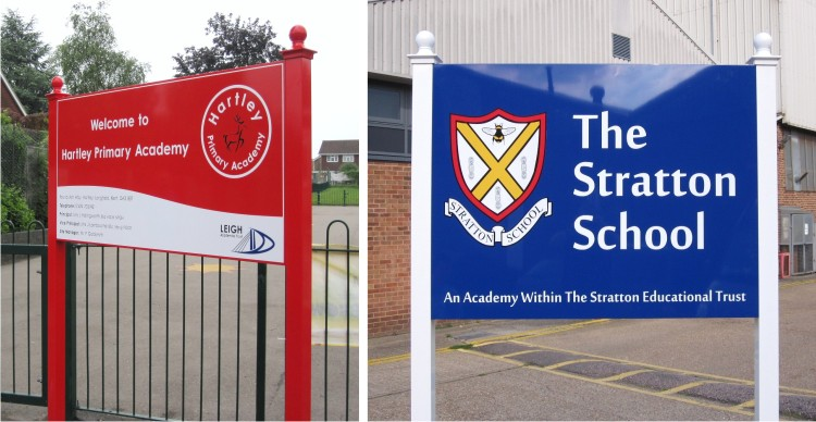 external post mounted school signs