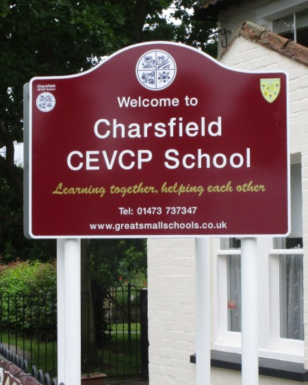 aluminium school signs post mounted at Charsfield Primary School