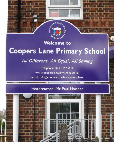 school welcome sign on aluminium posts at Coopers Lane Primary School